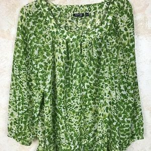 Green Soft Floral Blouse Size Large
